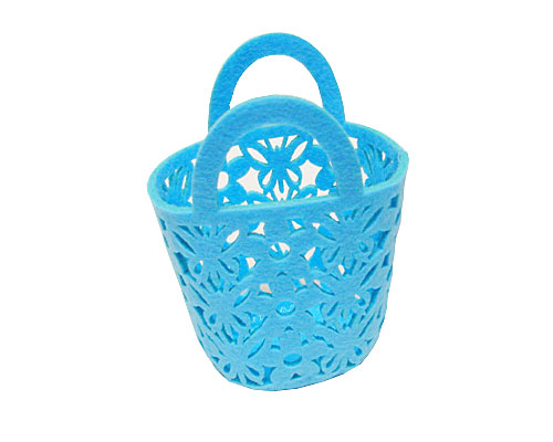Felt flower & butterfly basket turquoise